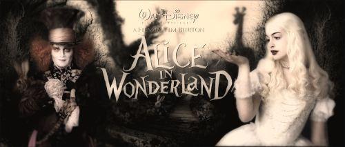 Alice in Wonderland 2010 johnny depp tim burton film anne hathaway