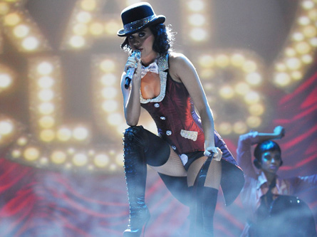 katy perry performing EMAs 2009