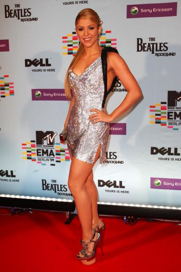 shakira MTV EMA redcarpet