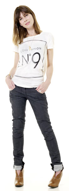 Polly Vernon wearing RI Polly Jeans and Wildfox tee