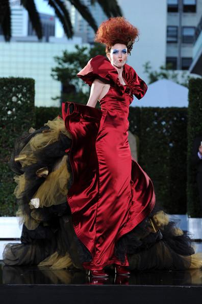 Alice In Wonderland Exhibition At La S Fashion Institute Of Design Merchandising Self Service