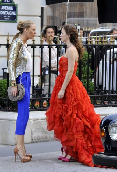 Blake Lively Serena and Leighton Meester Blair filming gossip girl finale in paris