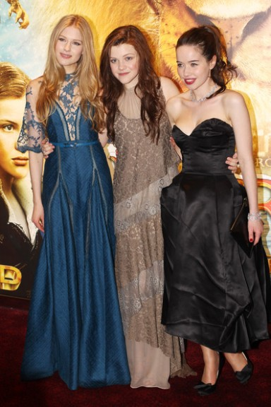 Laura Brent, Anna Popplewell and Georgie Henley Premiere of The Chronicles of Narnia The Voyage of the Dawn Treader
