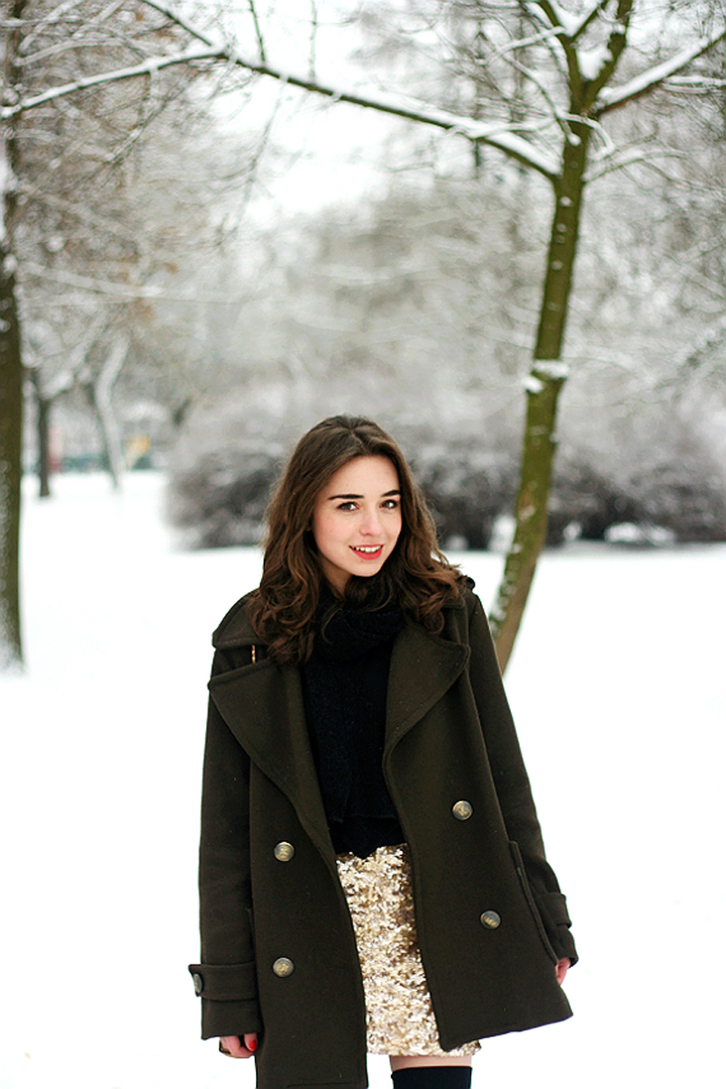 Raspberry and Red Blog Snow Stylestalker