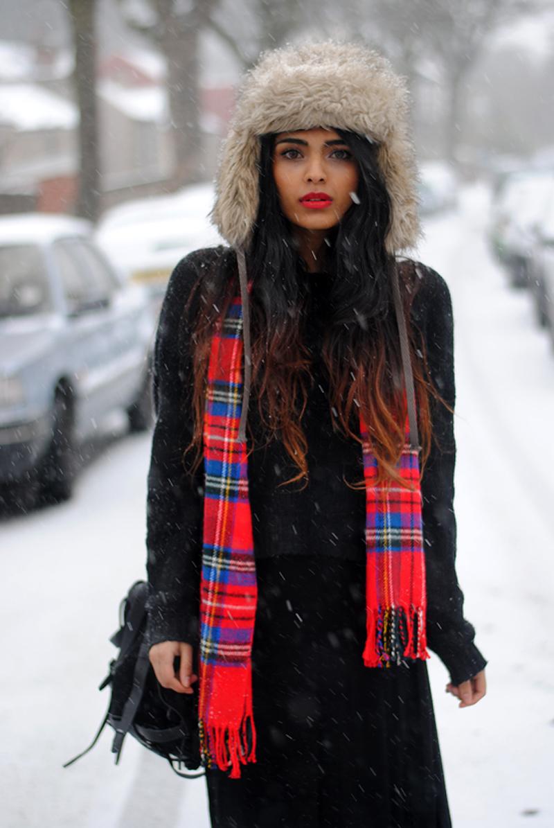 She Wears Fashion Snow