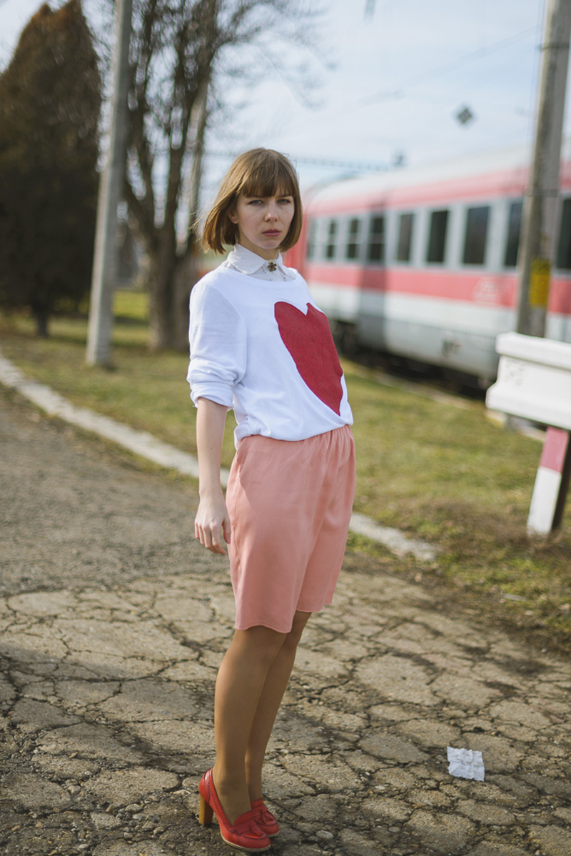 heart shirt pencil skirt