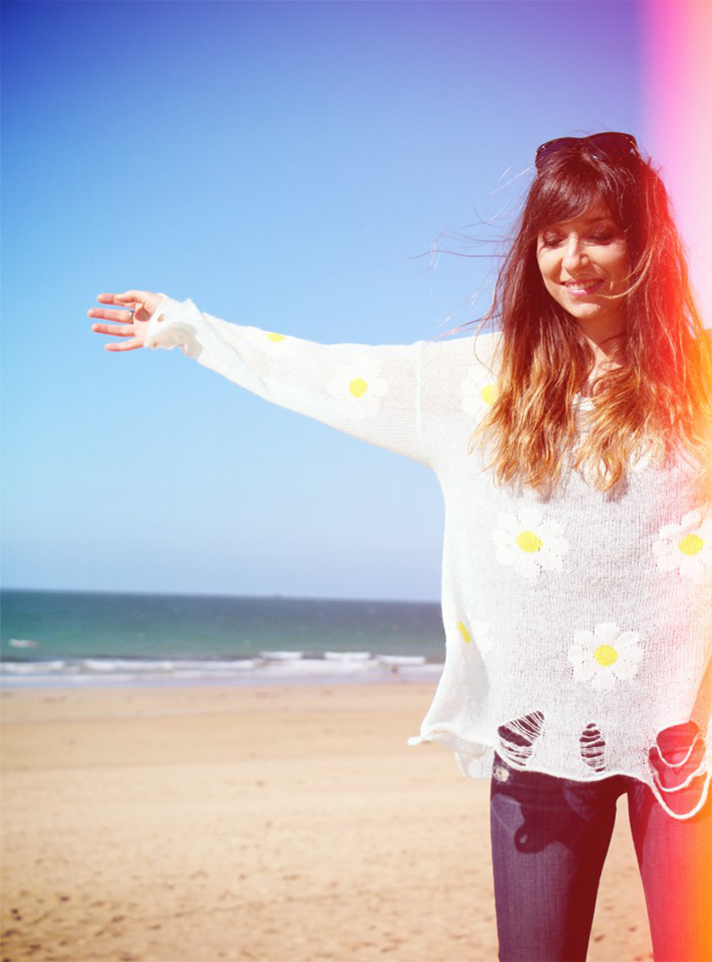 marie luv pink fashion blog WILDFOX daisy jumper