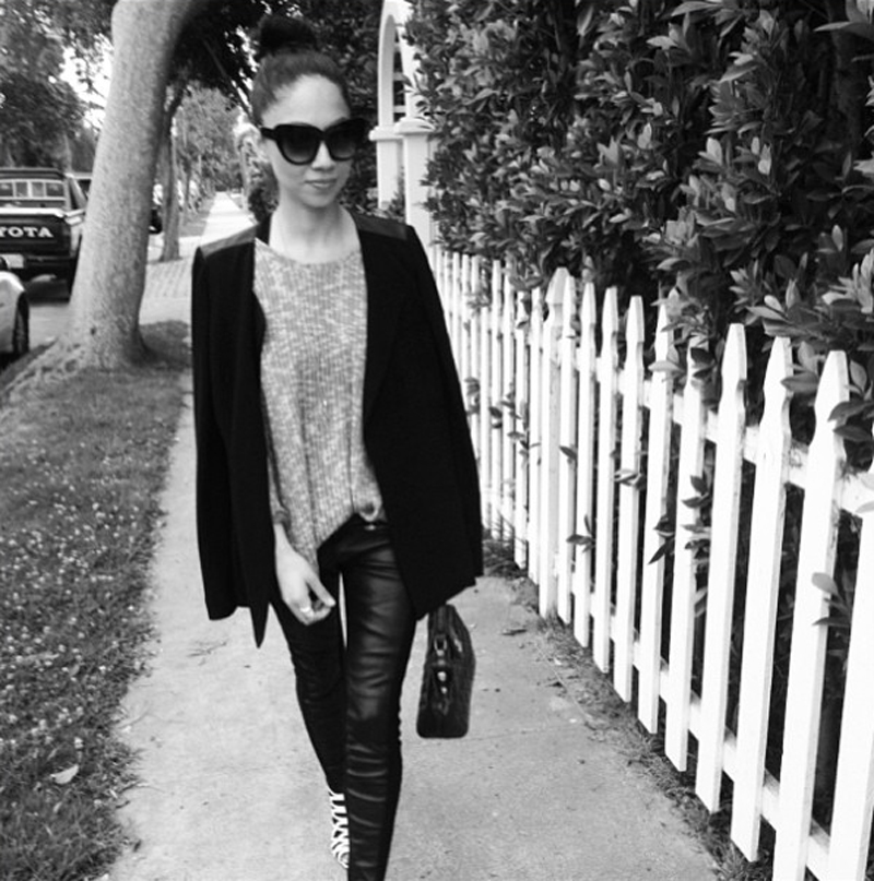 @monicarosestyle in LNA Crepe Sweater