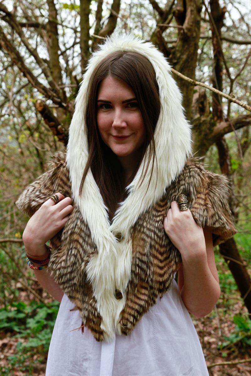 Tara Style Rawr 1 eagle shawl spirithoods festival competition spring summer 2013