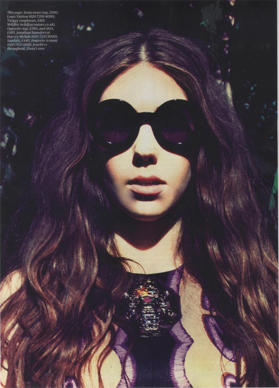 ES Magazine Zosia Mamet Twiggy Frames