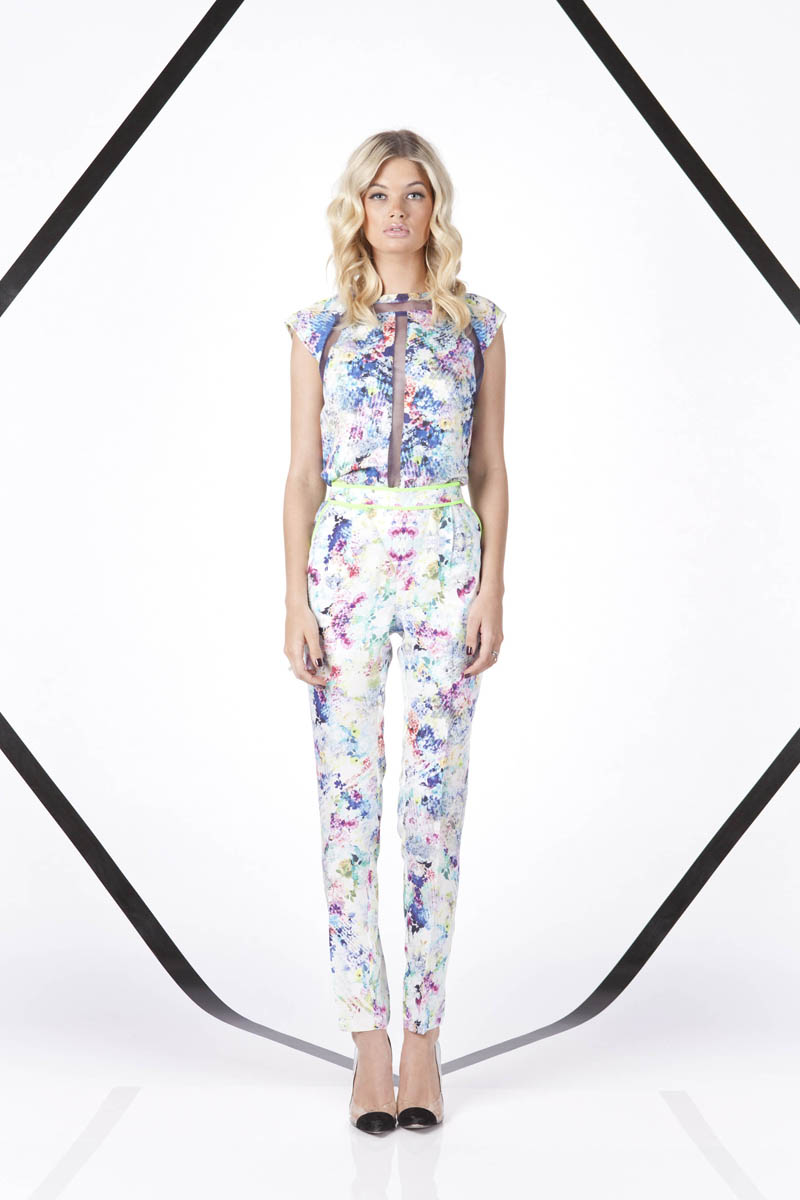 Finders Keepers A Beautiful Ordinary Mad House Top and Instinct Blues Pant