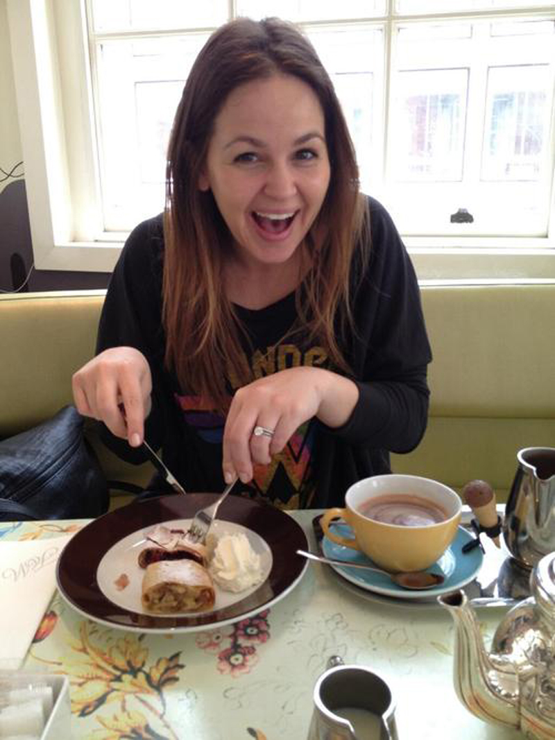 giovanna fletcher in wonder woman beachwood raglan junk food tee