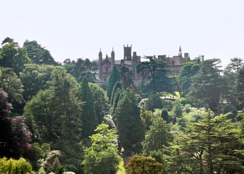 alton towers olivia emily spirithoods