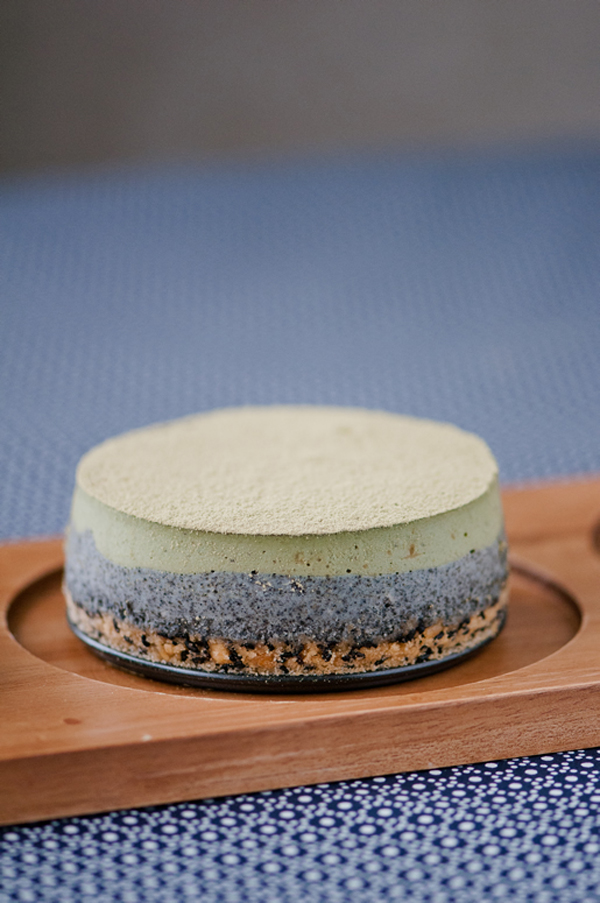 Matcha Sesame Cheese Cake by Hungry Rabbit