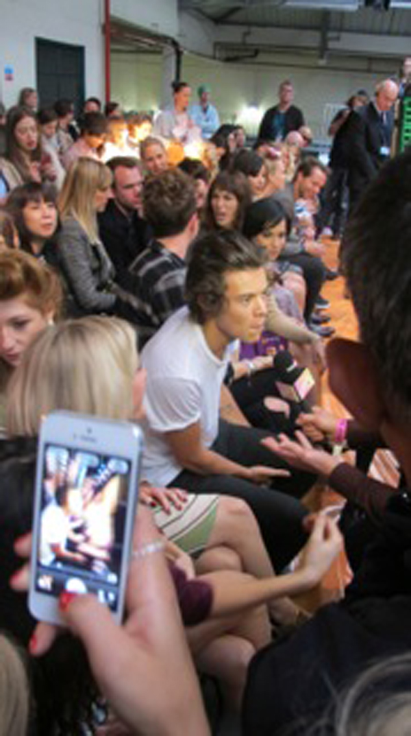 harry styles front row henry house of holland show london fashion week