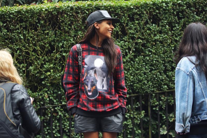 Hello Jourdan! La Dunn working the tartan street wear look, putting Dimepiece into our minds.