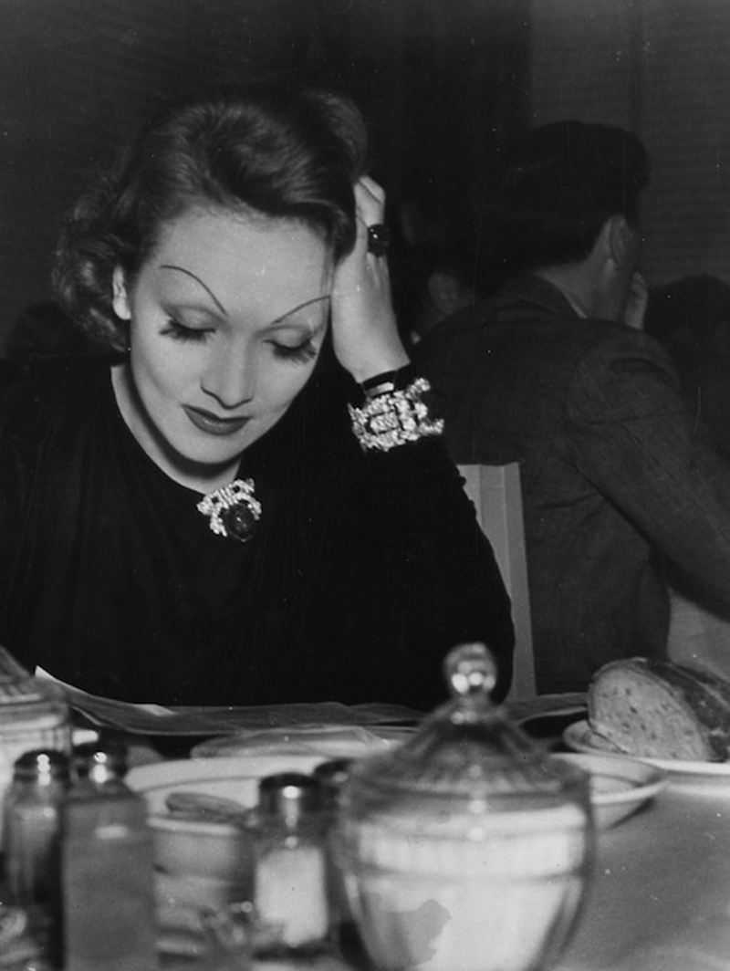 eyebrows marlene dietrich