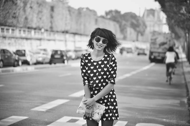 Electric rose in black and white by French blogger Le Dressing de Leeloo