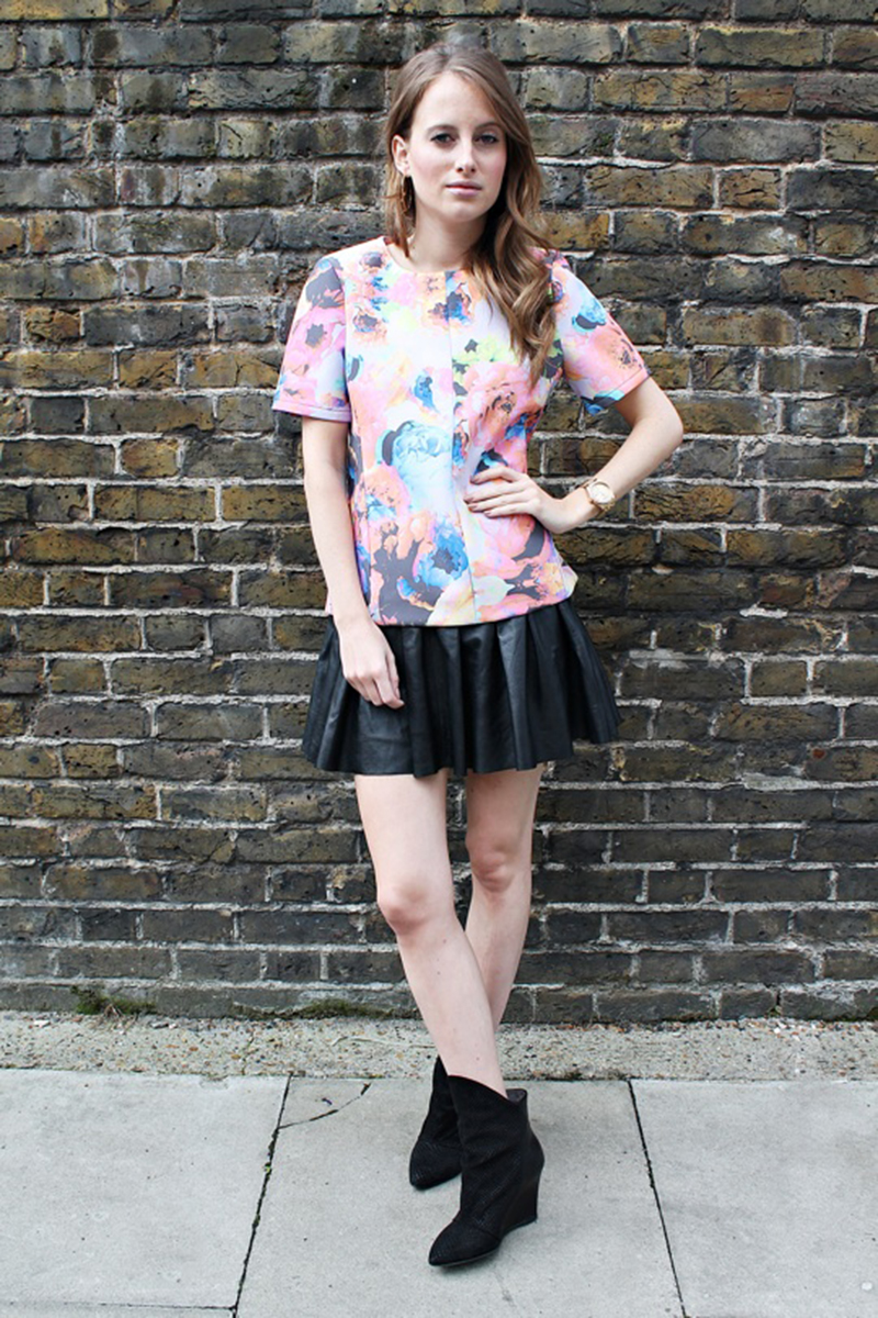 Rosie Fortescue wearing the electric rose print again