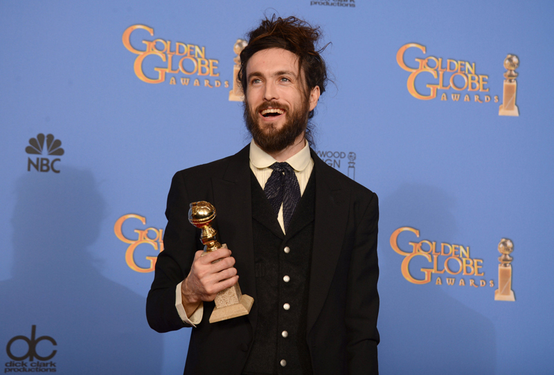 Alex Ebert Golden Globes 2014 beard and bun