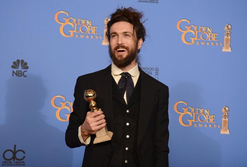 Alex Ebert Golden Globes 2014 beard and bun