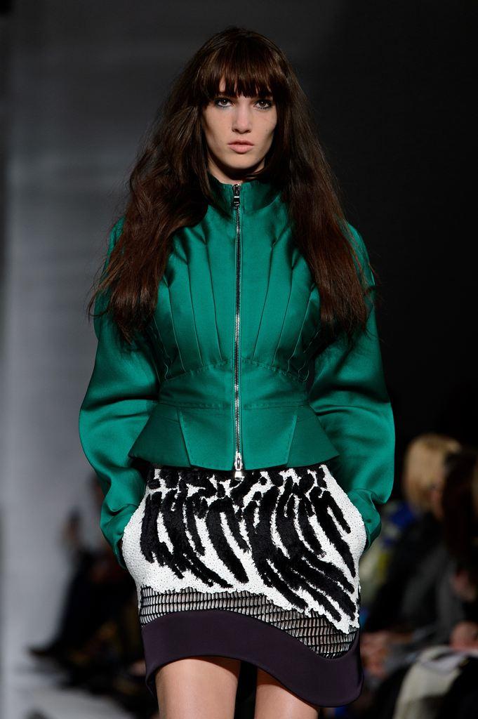 antonio-berardi-runway-london-fashion-20140217-234151-236