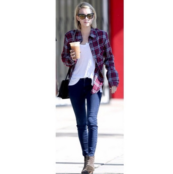 Emma Roberts in the Wildfox Le Femme Deluxe Frame and Wildfox Denim Gia jeans in Captivate