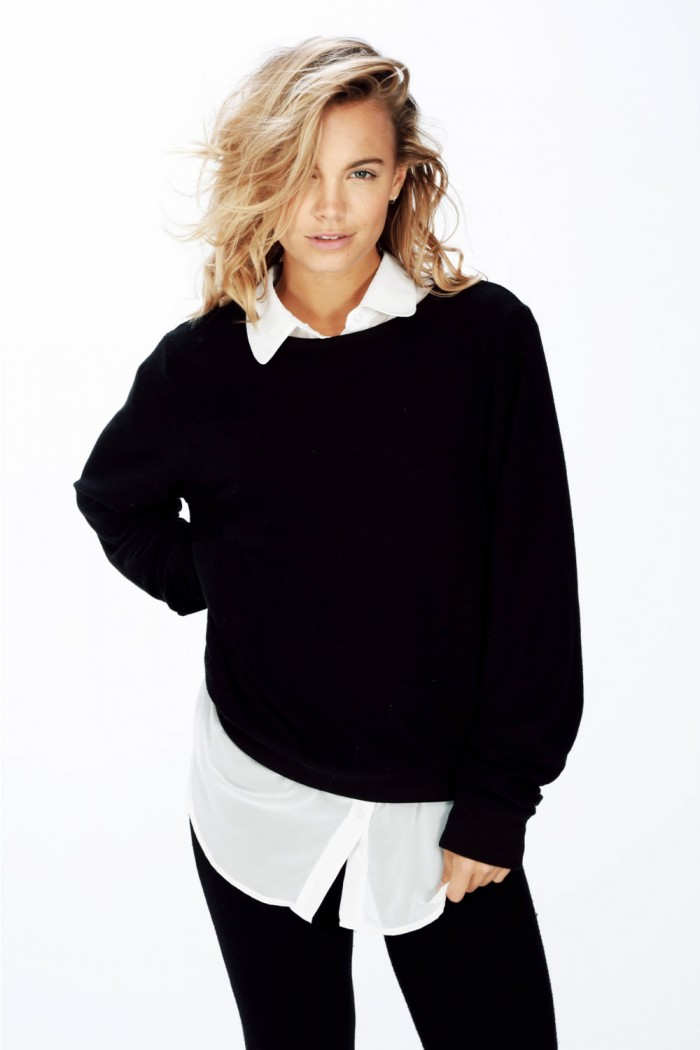 Wildfox Essentials Baggy Beach Jumper Jet Black