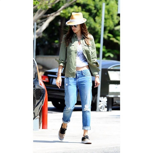 Alessandra Ambrosio in the Alexa in Cruise by Genetic