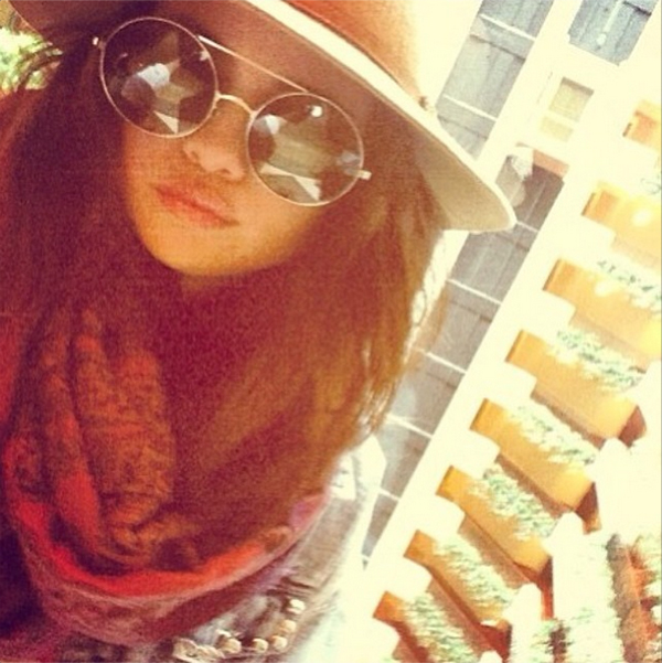 Selena Gomez in the Wildfox Starstruck Sunnies