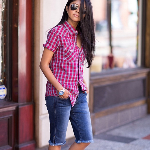 Sheryl Luke of Walkinwonderland in the Genetic Denim Camina in Morph